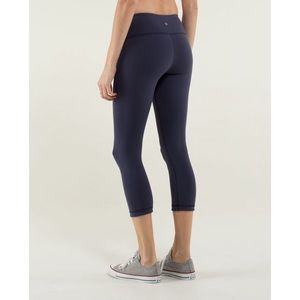 Lululemon Reversible Wunder Under Crop Baptiste